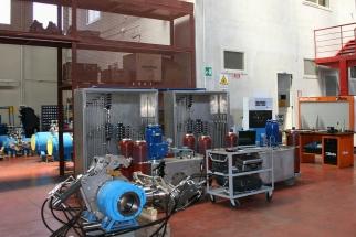 Manutenzione impianti oleodinamici presso stabilimento Gela